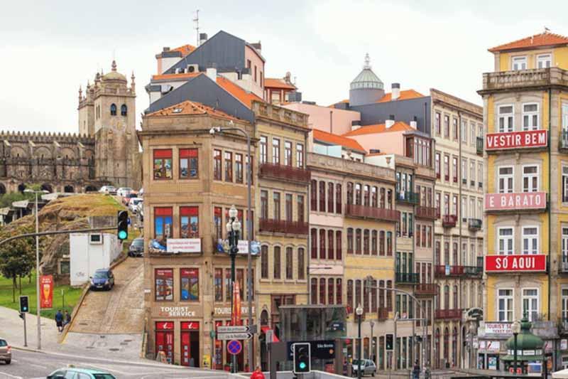 ลุยเที่ยวเมือง ปอร์โต ประเทศโปรตุเกส เมืองใหญ่ร้านค้ามากมายเดินไม่มีเบื่อ